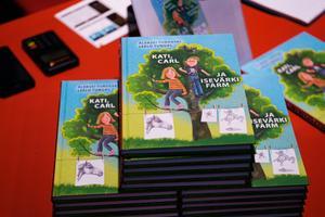 Turovski sürranimalistlike joonistuste näituse avamine + Tungal, Turovski ja Ernits tutvustavad ühiselt valminud lasteraamatut