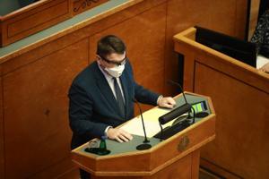 EKRE saadik Alar Laneman riigikogu juhatuse valimistel.