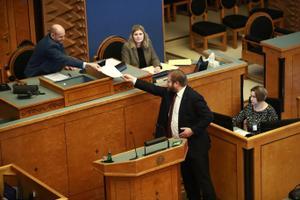 SDE saadik Ivari Padar riigikogu juhatuse valimistel.