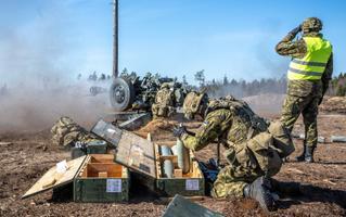 1. jalaväebrigaadi suurtükiväepataljoni taktikalised lahinglaskmised.