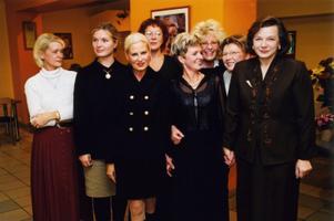 Hanneli Reili, Helene Tedre, Merle Aru, Mare Taimre, Tiina Mägi, Alice Talvik, Marite Kallasma, Ewe Kaselaan.