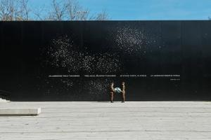 Керсти Кальюлайд возложила венки в память о павших во Второй мировой войне.
