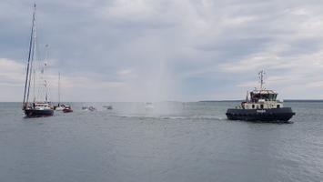 Antarktikas käinud jahtlaev Admiral Bellingshausen jõudis Roomassaare sadamasse.