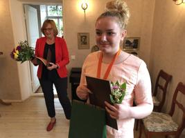 Haapsalu lasteraamatukogus toimus Sten Roosi muinasjutuvõistluse auhinnatseremoonia