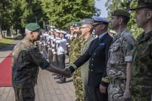 General Jörg Vollmer, Commander of the NATO Joint Command in Brunssum, visits Estonia.