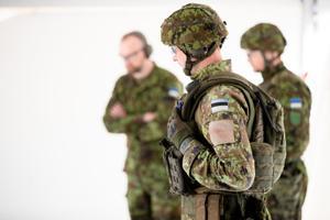 Kaitsevägi tutvustas uusi automaattulirelvi