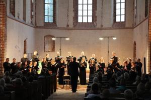 """Great Service"" Tartu Jaani kirikus."