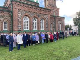 Открытие памятника Алексию II в Йыхви.
