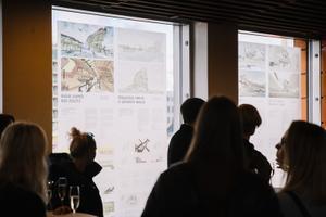 """EKA arhitektuuritudengite visiooninäitus """"T4 – Tallinn Timber Tower Terminal"""""""