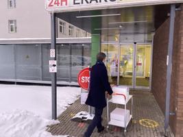 Vaktsiin jõudis Kohtla-Järvele. Hommikul toodi see Ahtmesse Ida-Viru keskhaigla apteeki.