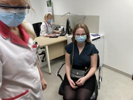 Vaktsiin jõudis Kohtla-Järvele. Esimene reaalne süstimine.