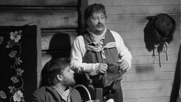 Pildikesi Paunverest. Autor Oskar Luts, lavastaja Gunnar Kilgas, kunstnik Aino Tarvas: Aaberkukk - Tõnis Rätsep, Lible - Sulev Nõmmik. Jaanuar 1986