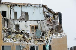Kunagise miilitsakooli lammutamine Nõmmel