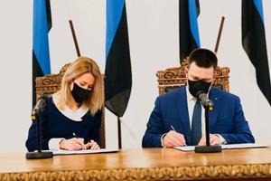 Кая Каллас и Юри Ратас подписали коалиционный договор.
