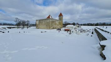 Kuressaares ehitati laupäeval lumelinna
