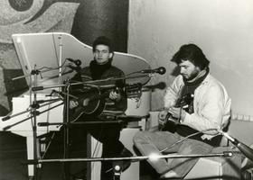 Lauljad Jaak ja Mart Johanson, raadiomaja valge saal. 1987