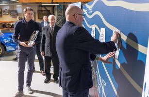 Mootorispordi muuseumis avati Kuulsuste koda