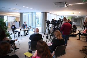Пресс-конференция Керсти Крахт и ее адвоката Оливера Няэса.