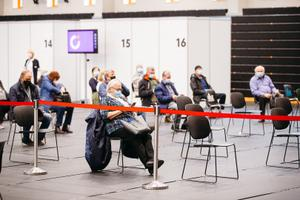 Coronavirus vaccinations taking place at Sõle Sports Center on April 3, 2021.