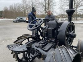 Põltsamaal taaskäivitati traktor Lanz Bulldog HL12