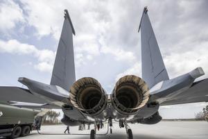 Ameerika Ühendriikide õhuväe hävitajad F-15E Strike Eagle Ämari baasis..