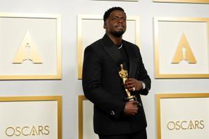 Parima meeskõrvalosa Oscari võitis Daniel Kaluuya