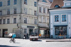 Restaurants preparing to reopen in Tallinn on April 30, 2021.