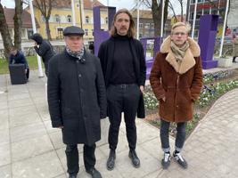 Hasso Krull, Paide Teatri kunstiline juht Jan Teevet ja Paide Teatri dramaturg Oliver Issak.