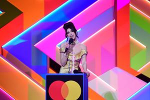 Dua Lipa võitis nii parima naisartisti kui ka parima albumi auhinna