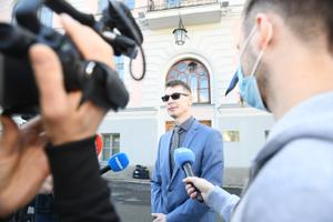 Marti Kuusik outside Viru County Court following his acquittal on May 28.