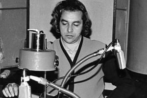 Gabriel Hazak, 1977