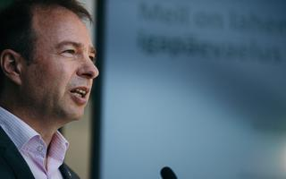 Hando Sutter Eesti Energia pressikonverentsil.