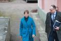 Kadriorus kogunes riigikaitse nõukogu, pildil president Kersti Kaljulaid ja tema nõunik Peeter Kuimet
