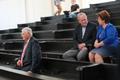 Сам Сависаар в зале суда не появился.