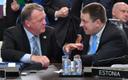 Jüri Ratas (right) in conversation with Danish PM  Lars Lokke Rasmussen at yesterday's NATO summit.