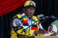 Emmerson Mnangagwa kõnet pidamas.