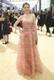 70. Emmy gala punane vaip, Ellie Kemper