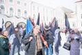 Miitingud Riigikogu juures ja välisministeeriumi ees, esiplaanil korraldaja Maria Kaljuste