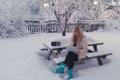 Vabakutseline tõlkija Inga Wåhlberg-Järvis kuulab Vikerraadiot lumises kodukontoris