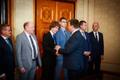 Uue valitsuse ministrid Kadriorus.