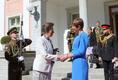 President Kersti Kaljulaid welcomes the Princess Royal to Kadriorg.