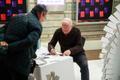 Priit Pärna kilplaste-raamatu autogrammitund rahvusraamatukogu jõululaadal.