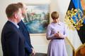 President Kersti Kaljulaid receiving her Estonian Association of Media EnterprisesFriend of the Press award.