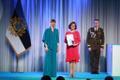 President Kersti Kaljulaid andis üle riiklikud teenetemärgid. Enel Pungas – riigiametnik ja rahvastikutoimingute arendaja.