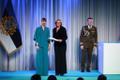President Kersti Kaljulaid andis üle riiklikud teenetemärgid. Triin Soone – lastekirjanduse tutvustaja.