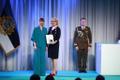 President Kersti Kaljulaid andis üle riiklikud teenetemärgid. Anneli Rants – keelekümbluse edendaja.