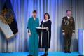President Kersti Kaljulaid andis üle riiklikud teenetemärgid. Marina Sidorova – ämmaemand ja kriisiabi korraldaja.