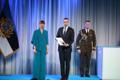 President Kersti Kaljulaid andis üle riiklikud teenetemärgid. Andres Ratassepp – kaitsepolitseiametnik, kes on andnud märkimisväärse panuse Eesti Vabariigi julgeoleku tagamisel.
