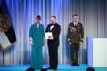 President Kersti Kaljulaid andis üle riiklikud teenetemärgid. Valdo Kraam – kaitsepolitseiametnik, kes on andnud märkimisväärse panuse Eesti Vabariigi julgeoleku tagamisel.