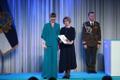 President Kersti Kaljulaid andis üle riiklikud teenetemärgid. Ene Ehrenpreis – kodukandi ajaloo uurija Virumaal.